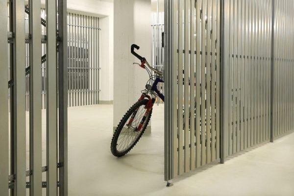Stahlprofil-Kellertrennwand