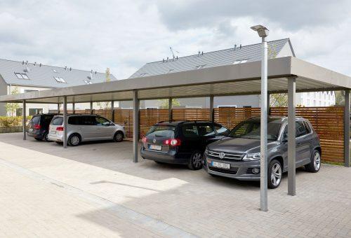 Carport mit Trapezblechdach